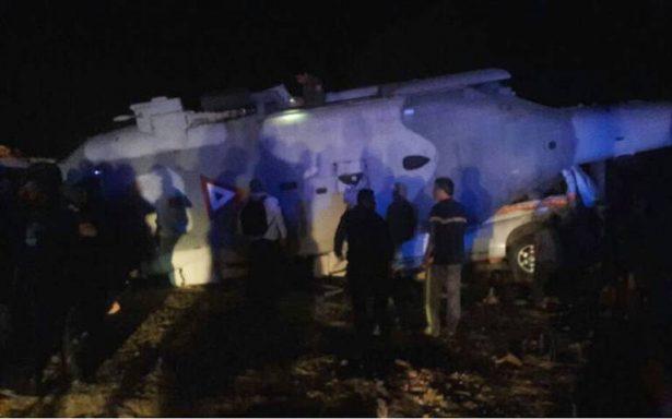 Se desploma helicóptero del Ejército, en Jamiltepec, tranportaba a titular de Segob y gobernador de Oaxaca