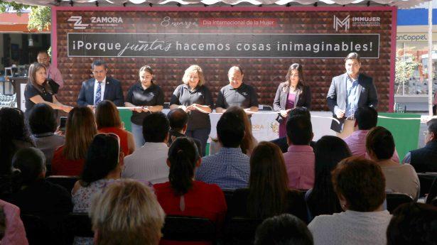 Celebra Ayuntamiento el Día Internacional de la Mujer