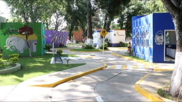 Niños encuentran espacios de interacción en la Ciudad Educativa