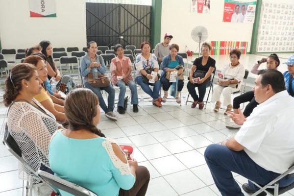 Impulsará Rubén Nuño a artesanos; promocionará consuman sus productos