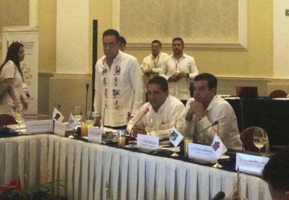 Nombran a Silvano Aureoles presidente de comisión de Seguridad y Justicia de la Conago