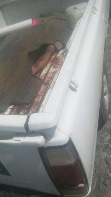 Hallan cadáver en una camioneta