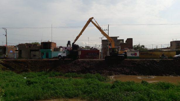 Comienza limpieza de drenes y canales en el municipio