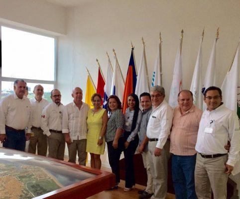 Virtual alcaldesa se reúne con directivos de Apilac