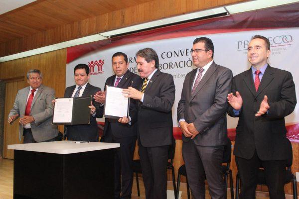 Michoacán, primero en convenio a favor de acreditados hipotecarios
