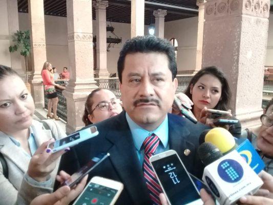 Pide Roberto López investigar antes de opinar