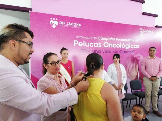 Arrancan campaña de pelucas para enfermos de cáncer