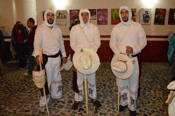 Premian talento artístico de las comunidades purépechas en Zacán