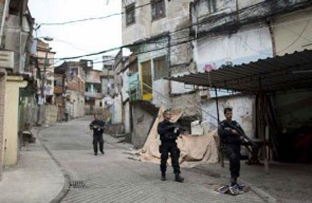 Adolescente afirma haber sufrido violación por unos 30 hombres en Brasil