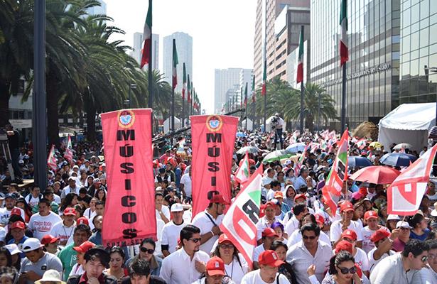 PRICDMX reúne a 25 mil personas en cierre de campaña