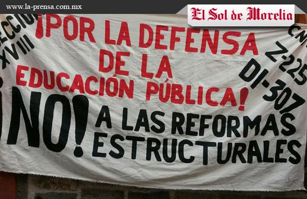 CNTE toma presidencias municipales de Michoacán