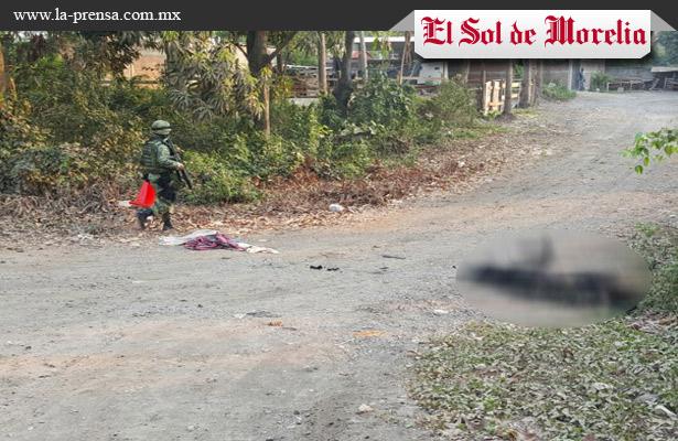 Hallan cuerpo calcinado en Michoacán