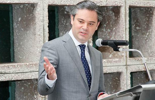 Lamentable que López Obrador y Morena vayan a defender a líder de la CNTE: Nuño Mayer
