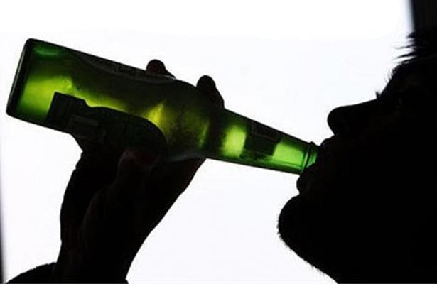 Hombres con alcoholismo, más propensos a trastornos de personalidad
