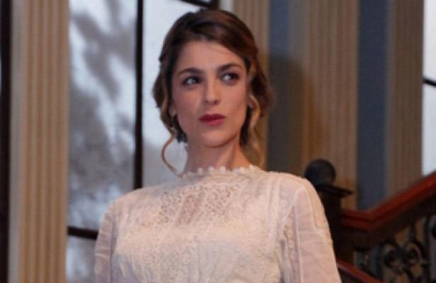 """Conquista Irene Azuela con """"El gran hotel"""""""