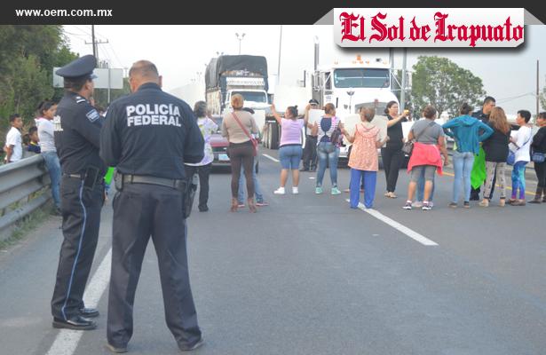 Autoridad federal denuncia por bloqueo carretero
