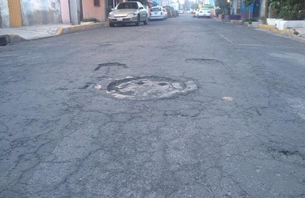 En calle Venus entre Urano y Neptuno, Estrella, Ecatepec, coladeras tapadas