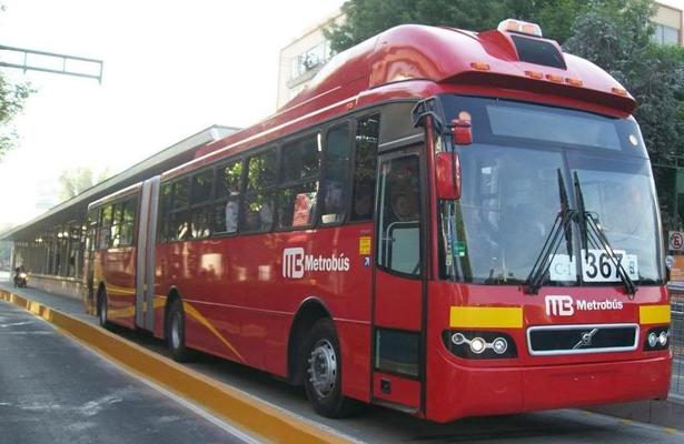 Se dedicaba a robar celulares en el metrobús de la CDMX