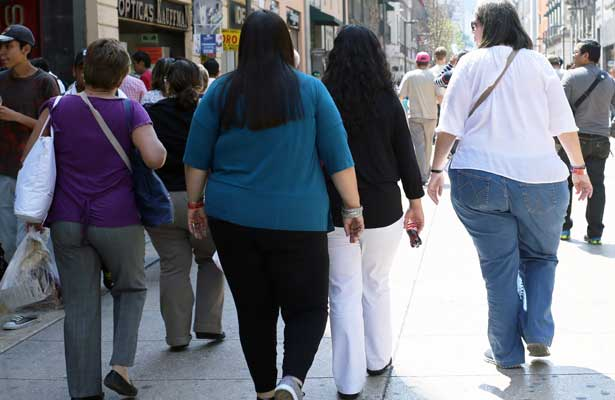 Denuncian que es una farsa la estrategia contra la obesidad en México