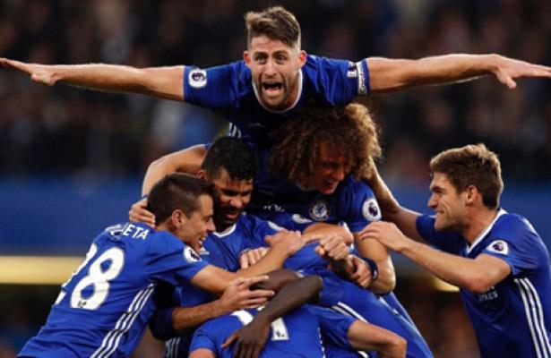 Chelsea se mantiene como líder