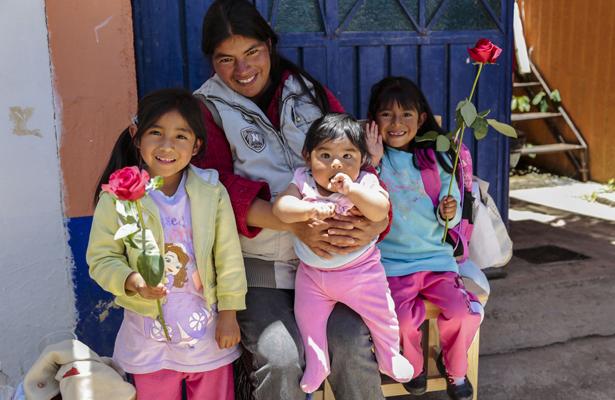 Indesol realiza acciones a favor de la equidad de género
