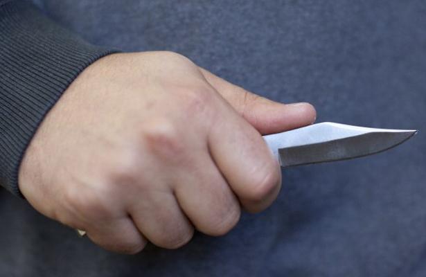Con cuchillo mató al hijo de su patrón