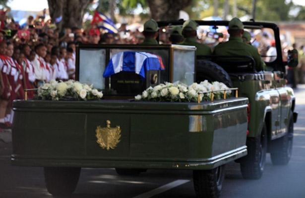 Llegan restos de Fidel Castro a Santiago