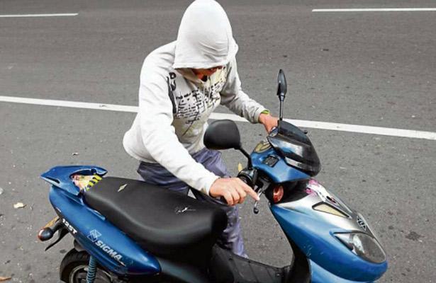 Roban taller de motocicletas en la Miguel Hidalgo