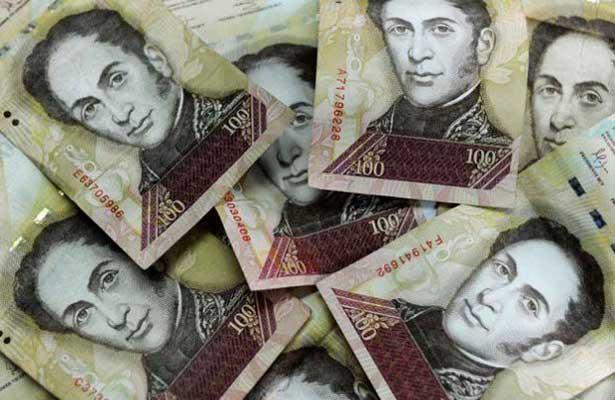 Maduro prorroga vigencia del billete de 100 BS