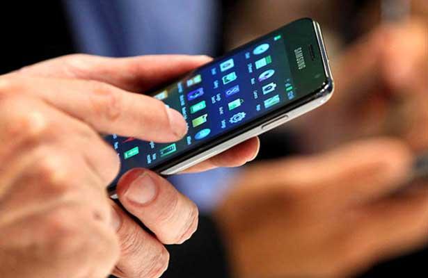 Ocho de cada diez europeos se conectan a Internet desde su celular