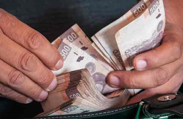 Extorsionan a comerciante para no hacerle daño, en la Cuauhtémoc
