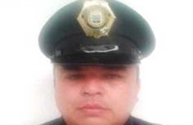 La muerte sorprende a mando policiaco mientras laboraba