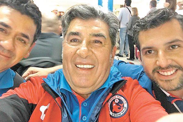 Carlos Reinoso, contento por accionar de Veracruz