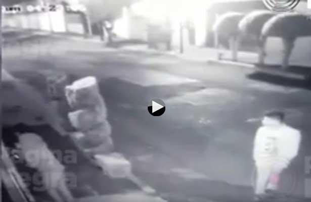 Revelan cómo ladrones marcan las casas que van a robar en Puebla