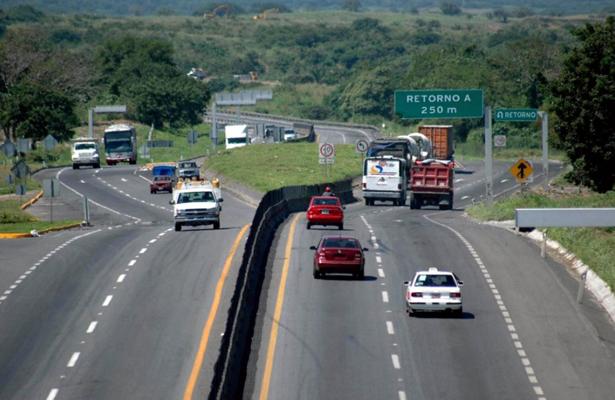 SCT refuerza seguridad en carreteras del país durante periodo vacacional