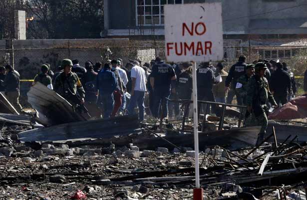 Identifican 31 cuerpos tras explosión en Tultepec