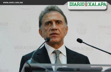 Denuncia Yunes a Fidel, Duarte y a exsecretarios de Salud