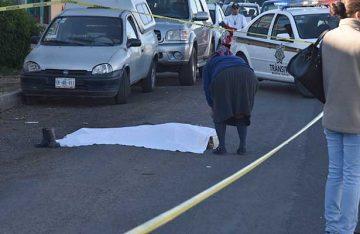 Atropellan a abuelita de 84 años cuando trataba de cruzar avenida