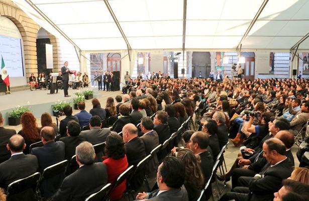 Se sepult viejo sistema de venta y herencia de plazas for Plazas docentes 2017