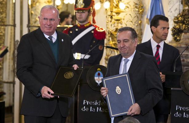 Vital impulsar talento latinoamericano en materia espacial