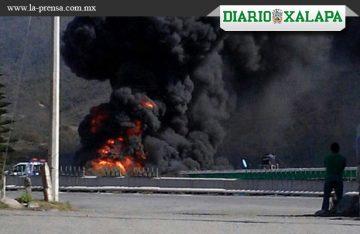 Explota un ducto de Pemex en Veracruz