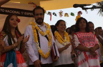 Un muerto y 22 heridos, saldo de volcadura en Oaxaca