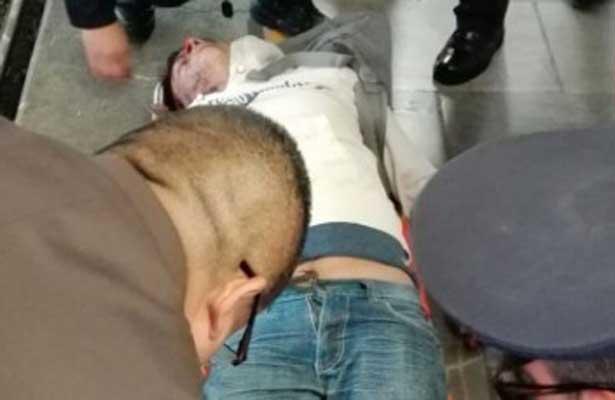 Hombre en estado de ebriedad cae a las vías del Metro Universidad