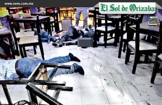 """Masacre en el bar """"La Botana"""" deja 4 muertos"""
