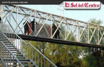 Dejan 2 narcomantas en puentes de Aguascalientes