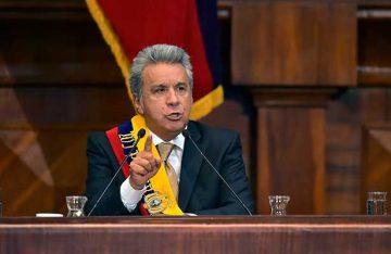 El izquierdista Lenín Moreno asume como presidente de Ecuador