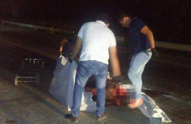 Descubre el cuerpo despedazado de una mujer en autopista de Xalapa