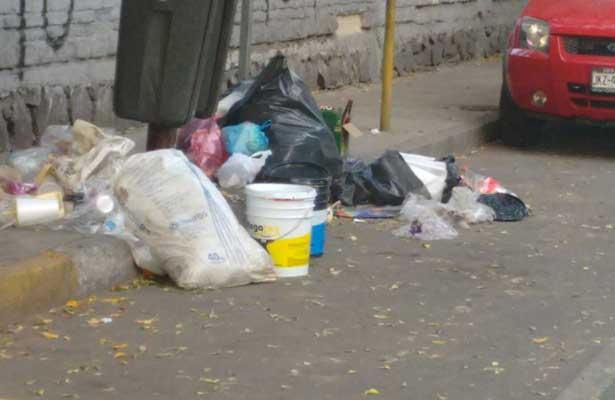 Desconocidos dejan cuerpo desmembrado en bolsas negras en Guadalajara