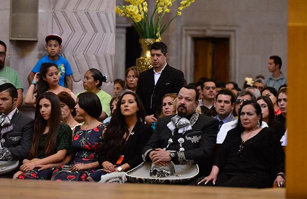 Misa luctuosa en honor a Antonio Aguilar