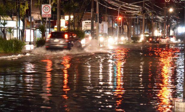 Fuertes lluvias afectan a la Ciudad de México
